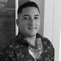 Brandon Montalvo – Certified Sommelier & Wine Enthusiast